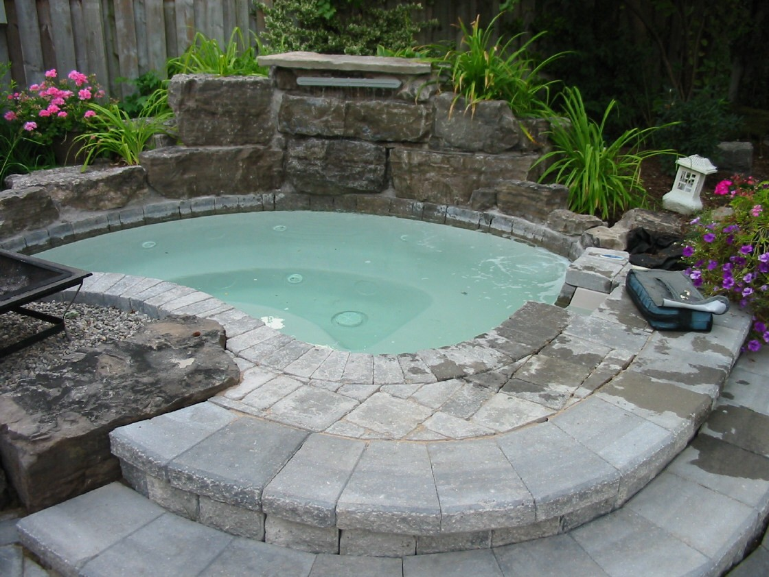 Where should you place your hot tub or spa tipton pools - Spa o hot tub ...