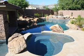 Swimming pool and outdoor living trends