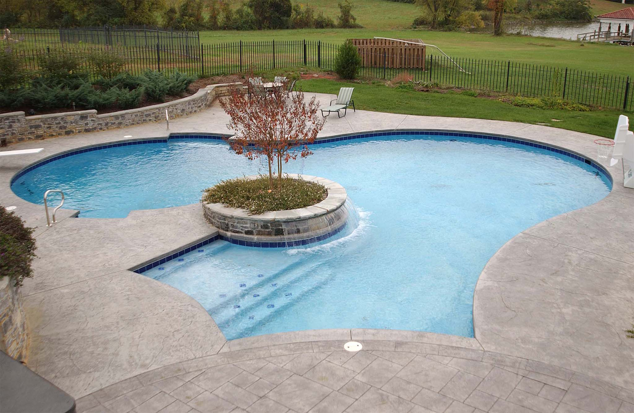 Save money on pool heating costs tipton pools knoxville for Pool design knoxville tn