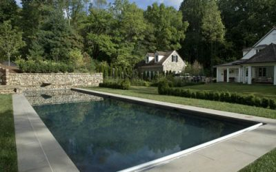 What kind of accessories should your pool have?