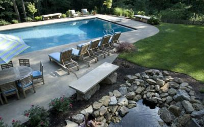 How to landscape around your swimming pool
