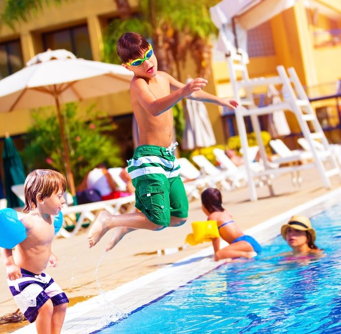 Swimming pool etiquette for everyone