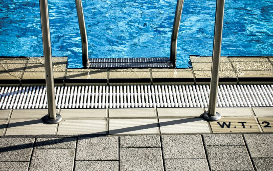 3 reasons having your own pool is better than a public pool